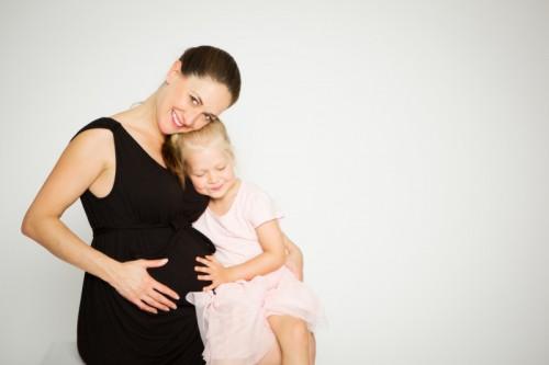Babybauch-Shooting mit  Johanna & Emy
